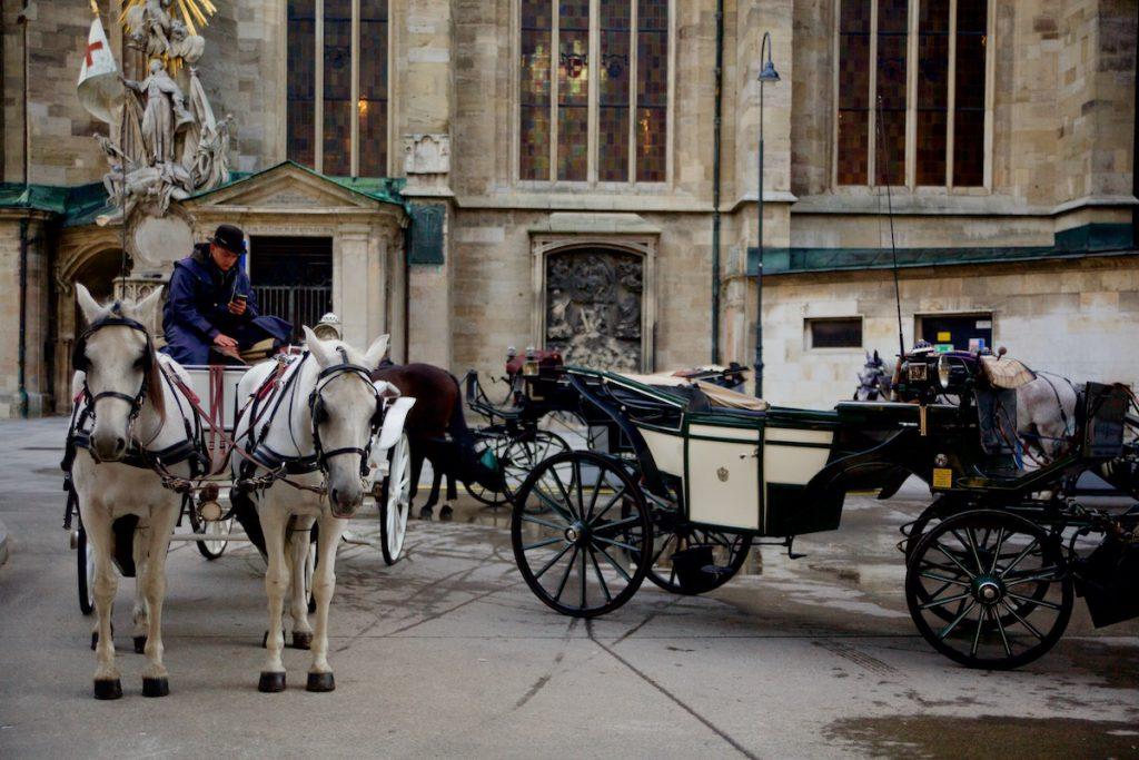 Wien hevoskärryt