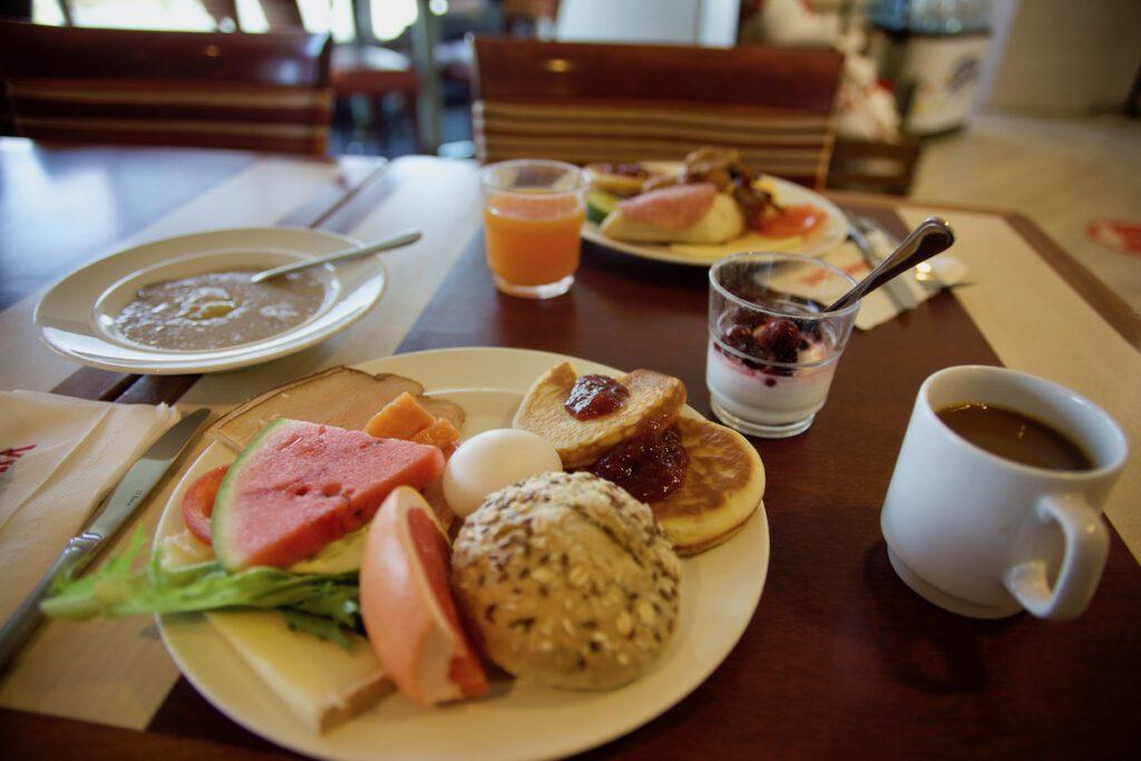 aamiainen viking amorella